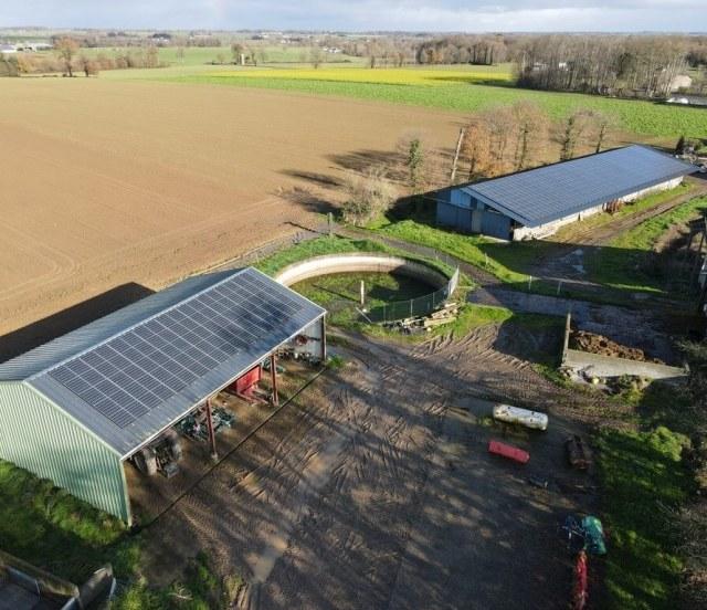 Groupe-Allosun Tinténiac Ille-et-Vilaine Bretagne 35 - Installation d'un bâtiment agricole 99kva dans le 22