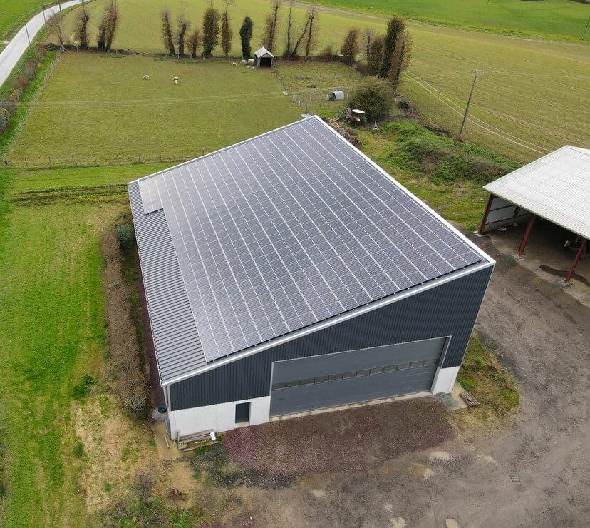 Groupe-Allosun Tinténiac Ille-et-Vilaine Bretagne 35 - Installation d'un bâtiment agricole 99kva à Besnier dans le 35