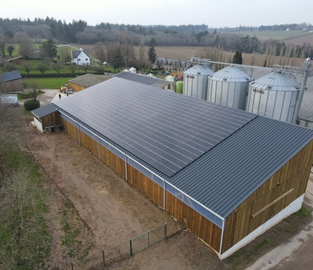 Groupe-Allosun-installation-photovoltaique-exploitation-agricole-autoconsommation-bridage-dynamique-1